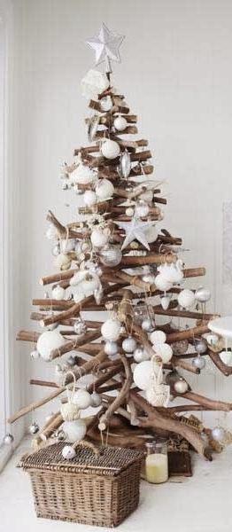 оригинальная красивая елка из веток своими руками