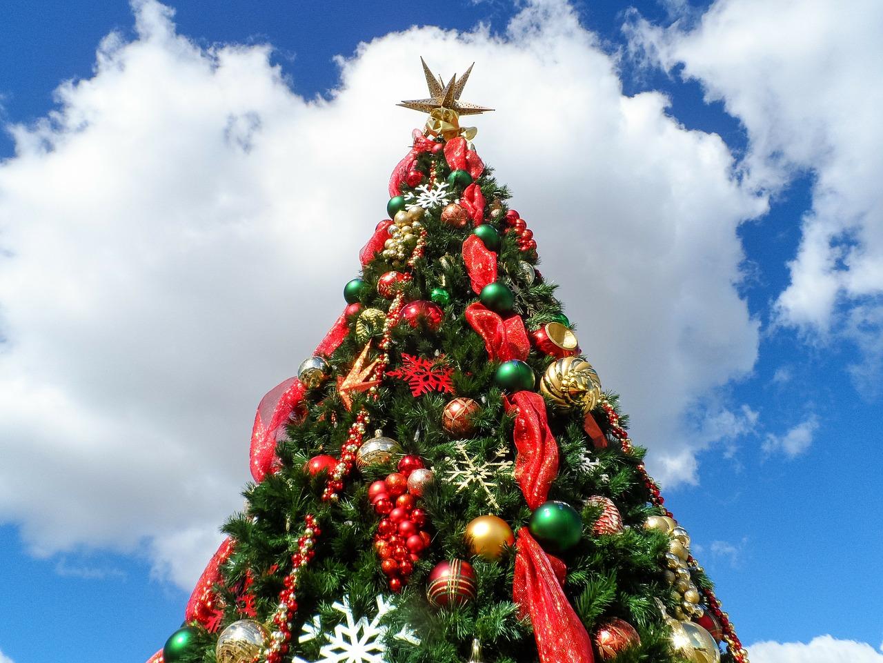 елка как украсить 1