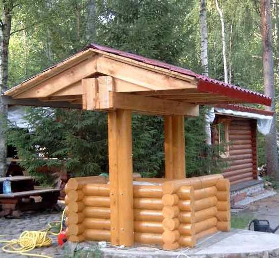 домик для колодца 2