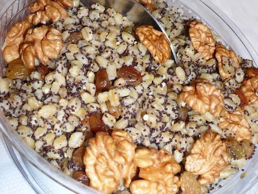 Кутья из пшеничной крупы с орехами и маком