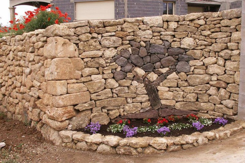 Камни в ландшафтном дизайне - дизайн клумбы