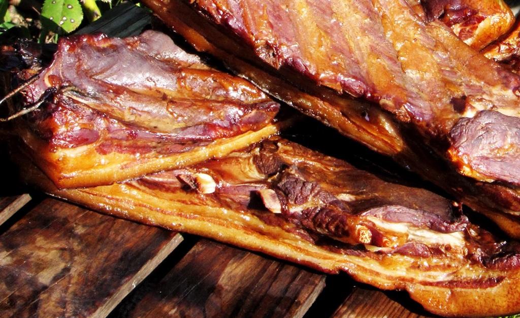 Коптить мясо в домашних условиях в коптильне 605