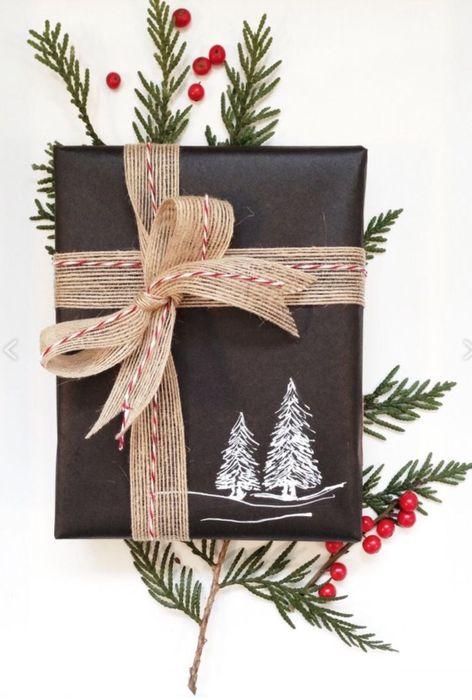 Как упаковать подарок на Новый год своими руками 17