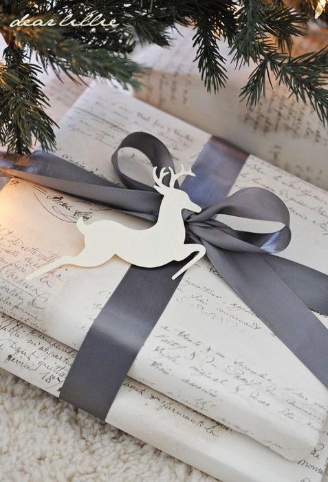 Как упаковать подарок на Новый год своими руками 27