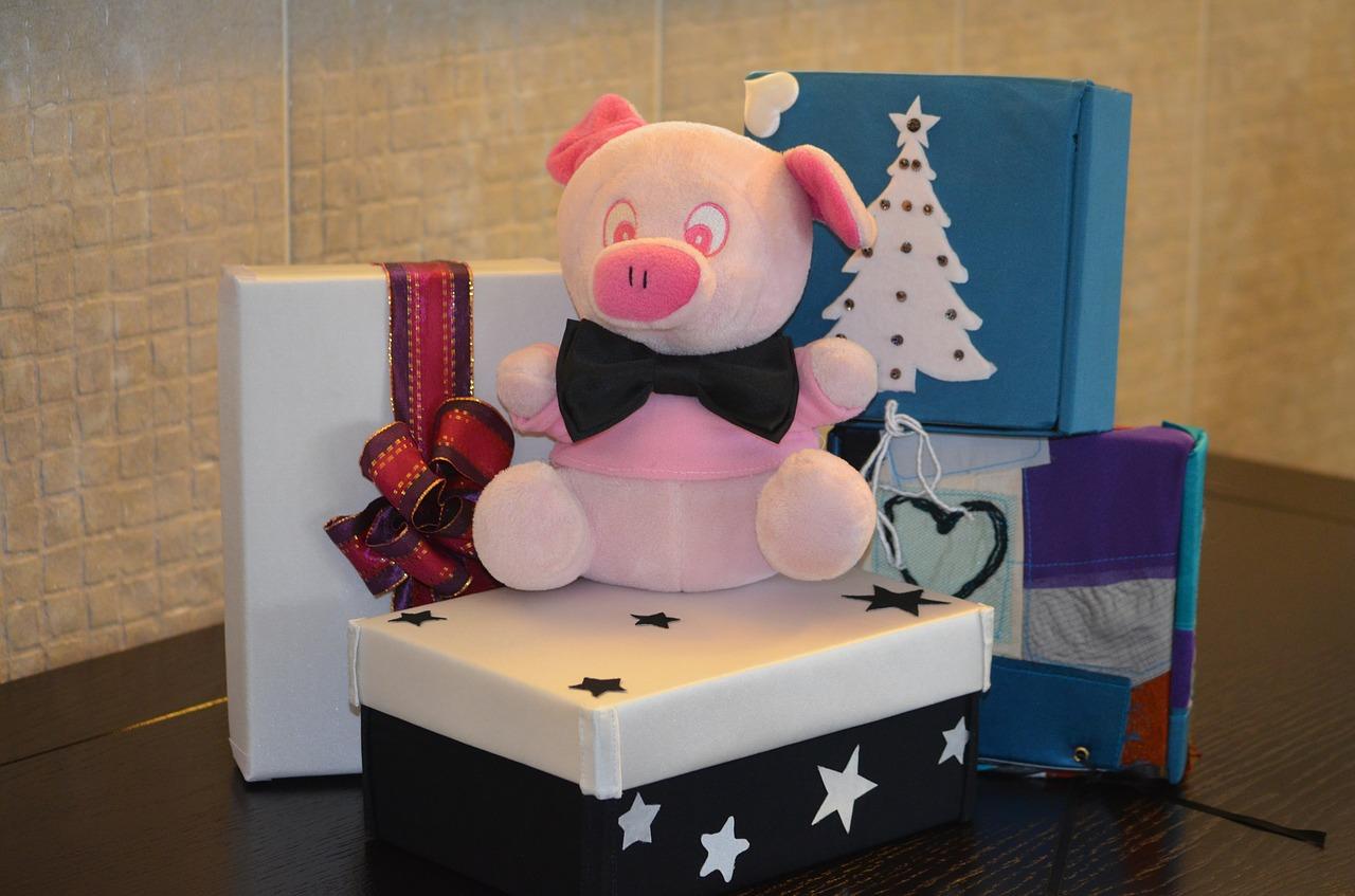 Как упаковать подарок на Новый год и Рождество 15