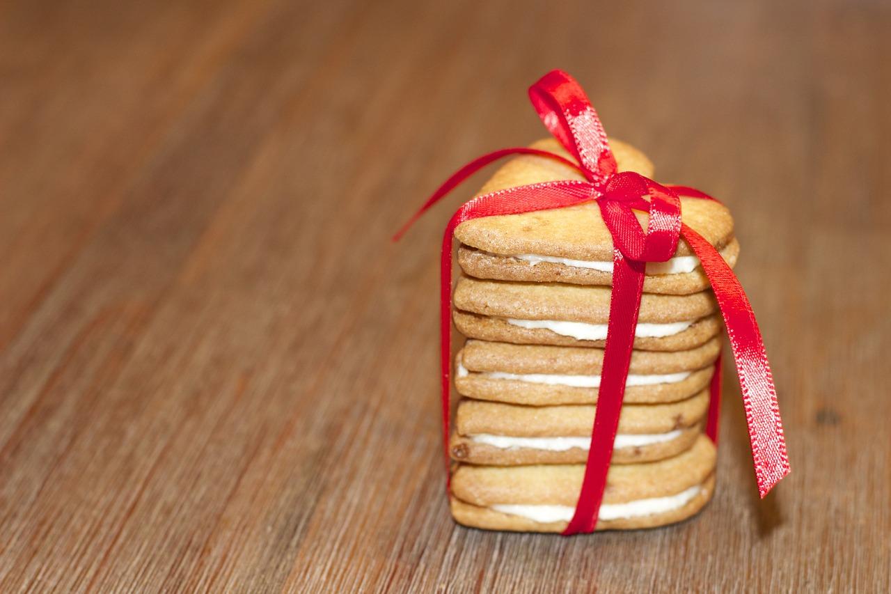 Как упаковать подарок на Новый год и Рождество 6