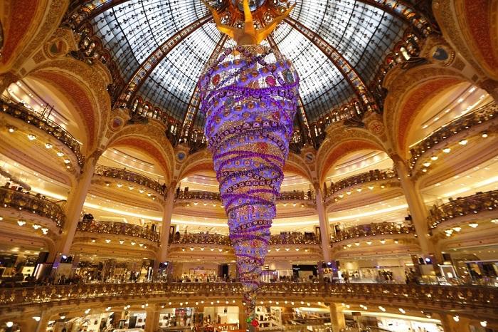 елки в мире 12 Париж