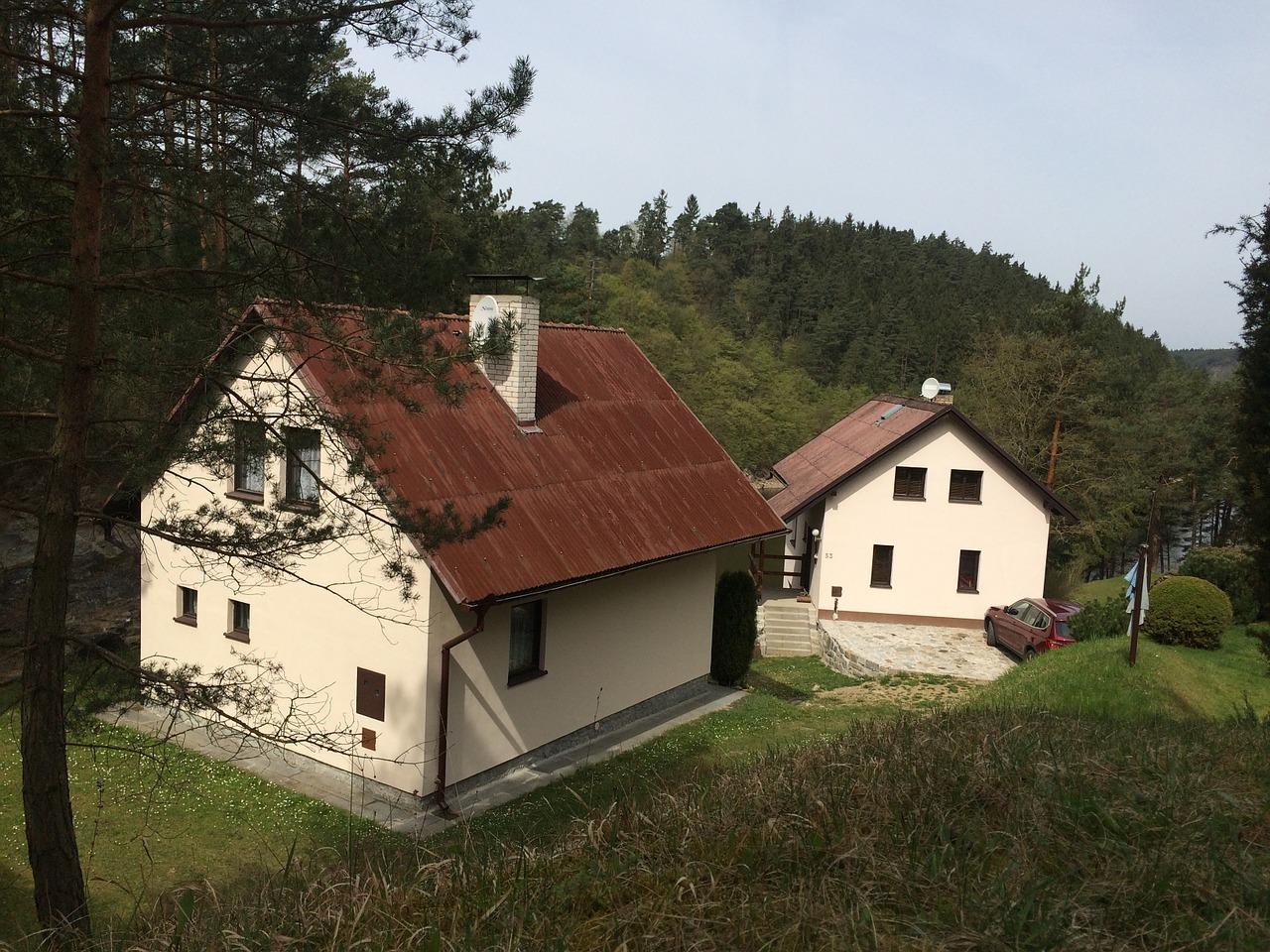 домик в деревне весной фото 6