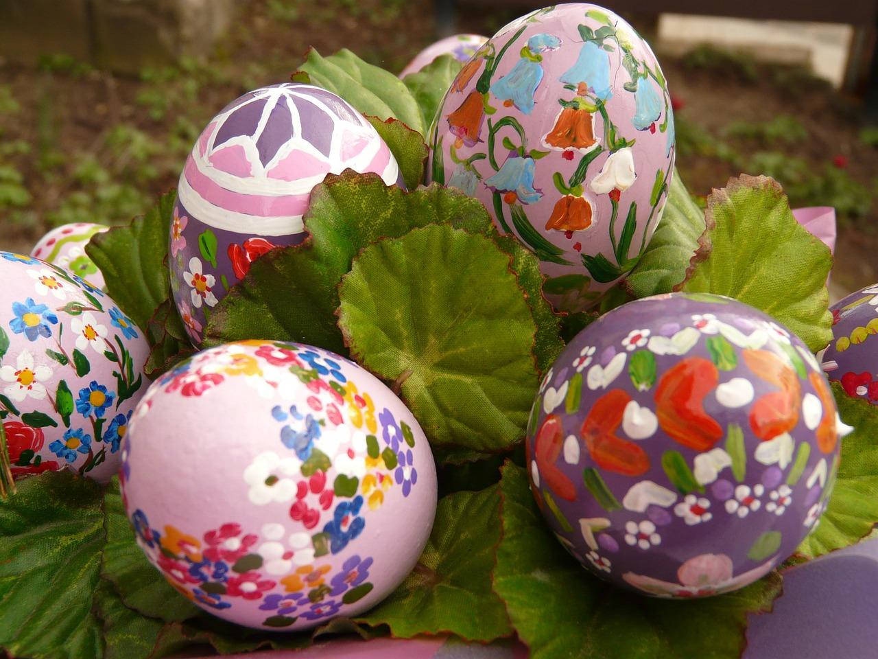 Фото цветы на пасхальных яйцах