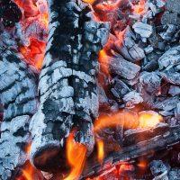 Как сделать древесный уголь в домашних условиях? 2 способа