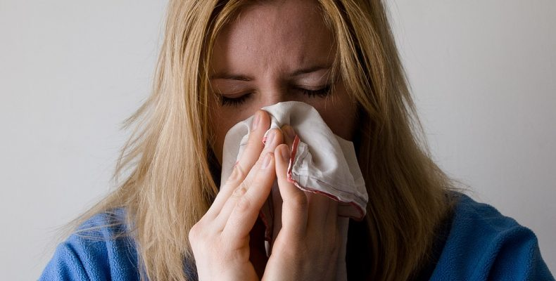 Как вылечить насморк в домашних условиях: 5 народных средств