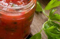 Баклажаны в томатном соусе: 4 любимых рецепта