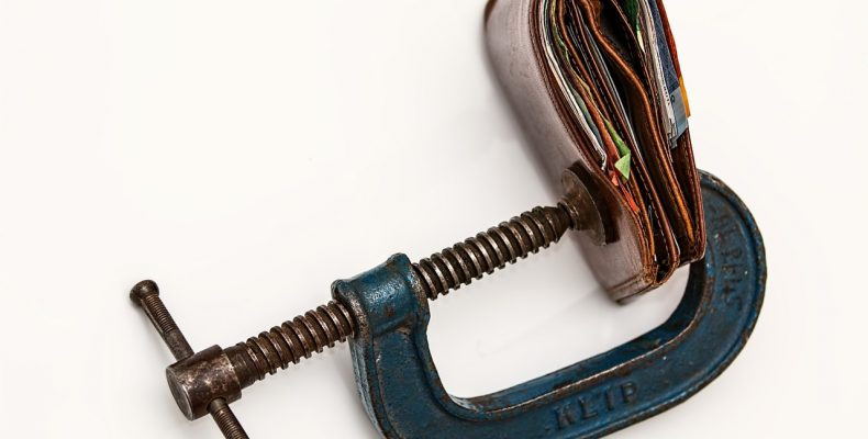 Налог на теплицы и сараи: 9 нюансов, разъясняет ФНС