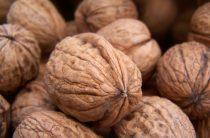 Грецкий орех — полезные свойства