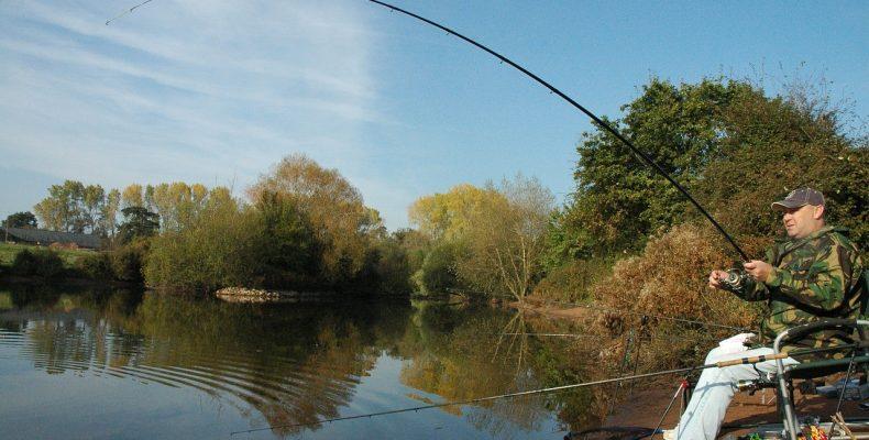 Лучшие дни клева рыбы: календарь рыбака на октябрь 2015