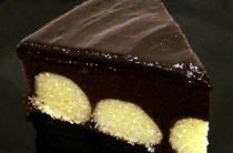 Шоколадный торт с творожными шариками