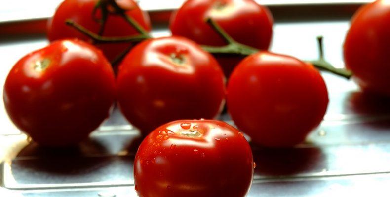 Как снять шкурку с помидора?