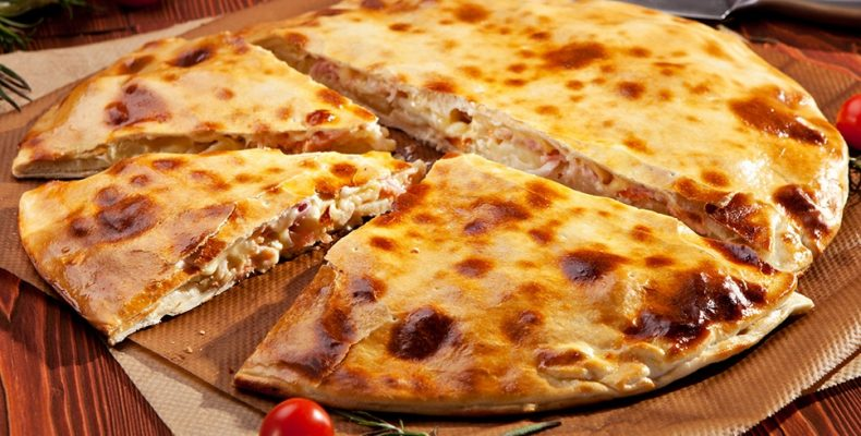 Домашняя пицца «Кальцоне»