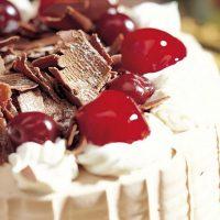 Торт суфле с вишней без выпечки
